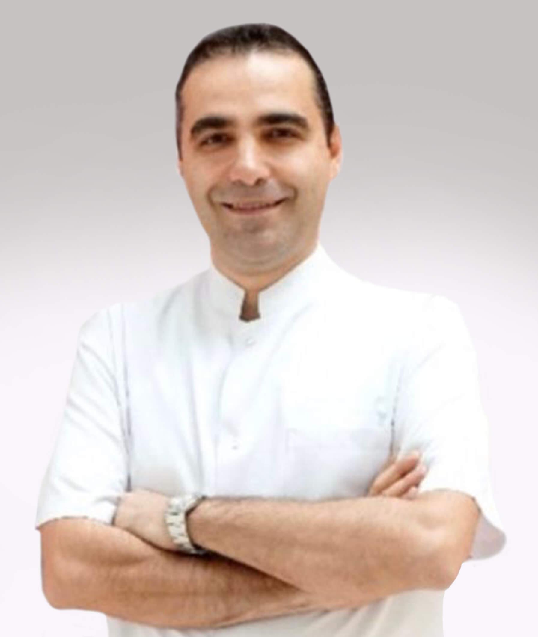 Prof. Dr. Taşkın Gürbüz- Rektör Yardımcısı/ Diş Hekimliği Fakültesi Dekanı